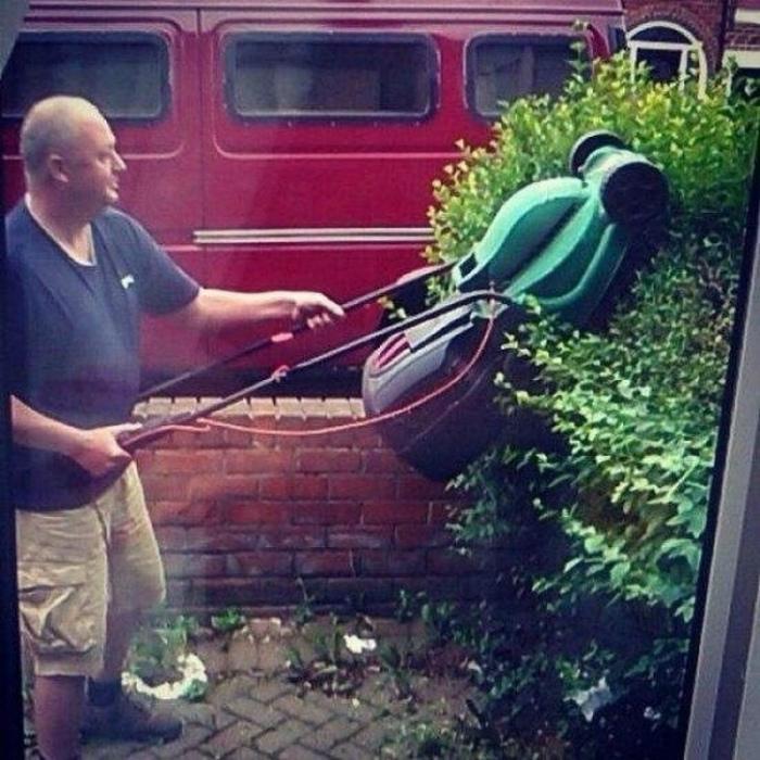 Как использовать газонокосилку по максимуму. | Фото: Avocette immobilier.