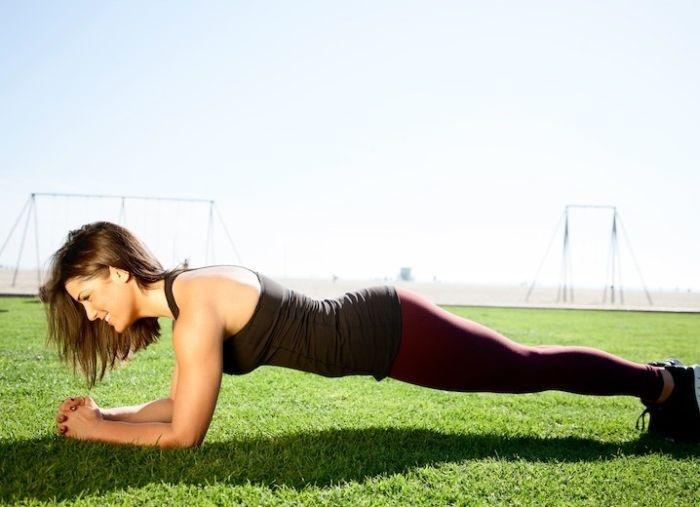 простые упражнения дома, упражнения в домашних условиях, самые действенные упражнения, работающие упражнения