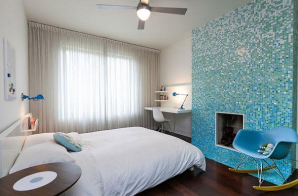 Мозаичная стена в спальне  от Birdhouse Media