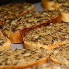 Горячие бутерброды с шампиньонами и сыром (в духовке)