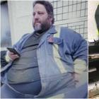 Канадец похудел на 147 килограммов после того, как во время эвакуации при пожаре занял в самолете два места