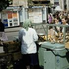 Уличная торговля в советской Москве на цветных фотографиях 1959 года