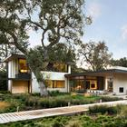 Впечатляющий современный дом в Калифорнии