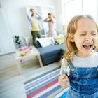 5 возрастных кризисов в жизни ребенка: шпаргалка для родителей