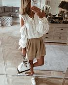 Модные блузки: 25 стильных новинок, которые дополнят ваш гардероб в 2020 году