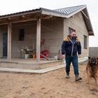 Семья построила автономный мини-дом по цене минской «однушки»