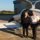 Вышли на пенсию и начали жить: пожилая пара построила самолет и улетела в кругосветку