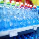 Что нужно проверять, покупая воду в пластиковой бутылке
