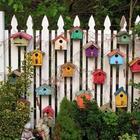 20 примеров украшения забора в саду