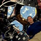Французский астронавт после шести месяцев на МКС вернулся с фантастическими снимками из космоса