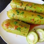 Поцарапанные кабачки фаршированные брынзой / Простой рецепт холодной закуски