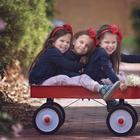 Мама фотографирует, как растут ее дочери-тройняшки, и это очаровательно