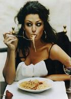 Как не толстеть на «вредной» еде: секреты итальянцев, японцев и французов