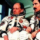 Пленники орбиты. История катастрофы, которая не случилась