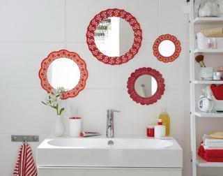 Декоративный коллаж из зеркал для ванной