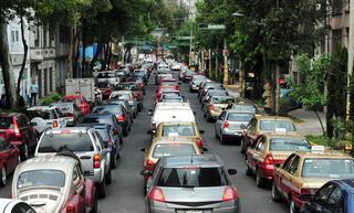 Возможность введения платного въезда в центр городов предлагают обсудить