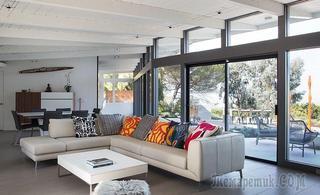 Калифорнийский дом в форме бумеранга