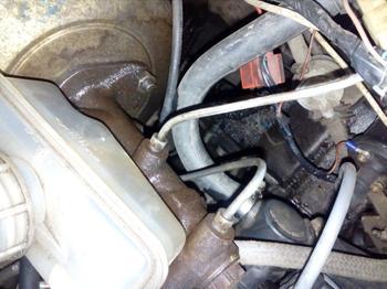 Чем можно заменить тормозную жидкость в автомобиле в критической ситуации на дороге