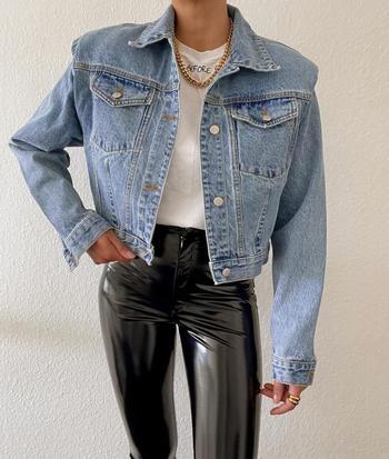 С чем стильно носить джинсовку летом