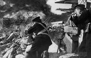 Почему русские сдали фашистам Севастополь в 1942 году