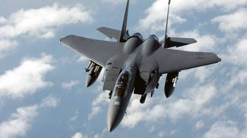 F-15 против Су-30СМ: Американский «Ударный орел» раздавит русского «Утенка» Die Welt разнесла в пух и прах наш истребитель