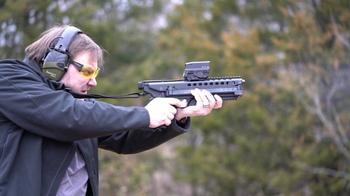 Полуавтоматический пистолет на 50 патронов, который пробивает бронежилеты