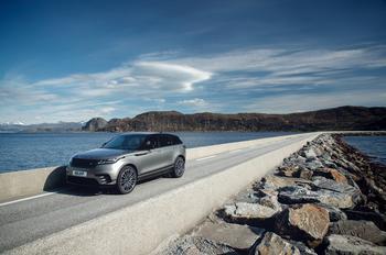 Давить на эмоции: тест Range Rover Velar