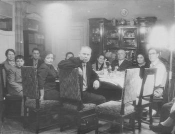 Советское застолье разных лет
