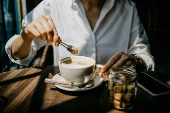 Не ради стройности: еще 11 причин отказаться от сахара