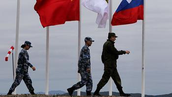 Пекин и Москва должны вместе противостоять давлению со стороны Вашингтона