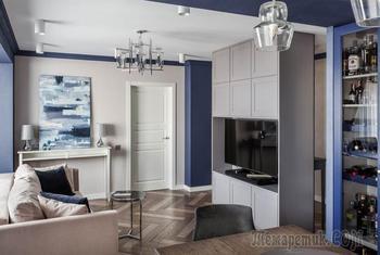 Как за счет ненужного входного коридора можно удачно увеличить гостиную