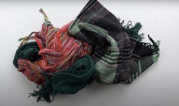 Идея переработки старых шарфов