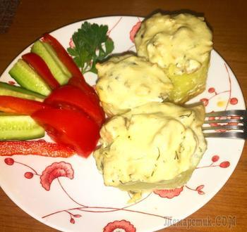 Жульен с курицей и грибами в картофельном бочонке