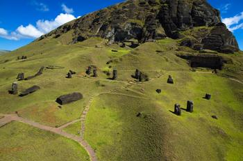 Раскрыта загадка истуканов острова Пасхи: Учёные узнали, как были построены таинственные статуи моаи