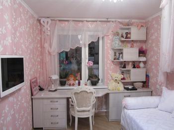 Нежный интерьер детской комнаты для девочки