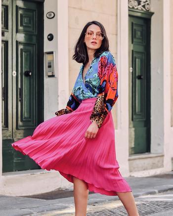 Розовая юбка: 11 секретов стильных комбинаций с различными предметами гардероба