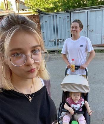 В 13 — первый ребенок, в 15 — второй: школьница из Железногорска снова беременна