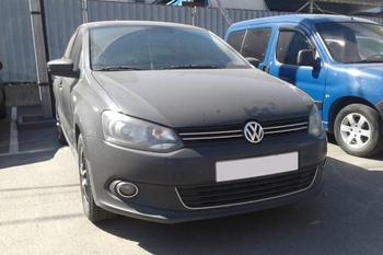 Немного нервно: покупаем Volkswagen Polo Sedan за 500 тысяч рублей