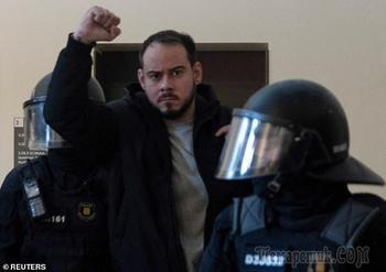 Испанский певец брошен в тюрьму за восхваление Сталина и СССР