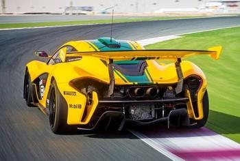 7 самых быстрых авто в мире