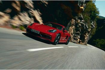 Porsche 718 Cayman и Boxster GTS 2020 — новые модели гоночных авто с амосферным движком на 400 сил