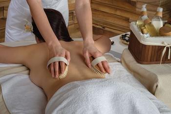 Драйбрашинг – модная фишка или полезный сухой массаж для тела