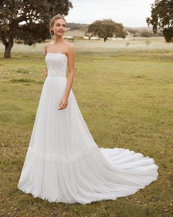 Свадебные платья 2021: основные тренды