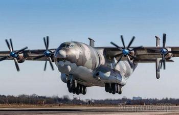5 самых больших винтовых самолетов, которые производят неизгладимое впечатление и по сей день