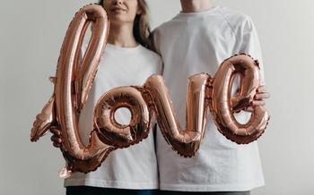 Любовный гороскоп на неделю 15-21 февраля: Ракам следует уделить время партнеру