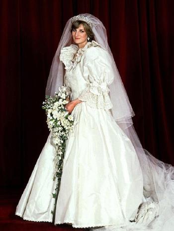 Невеста на миллион: 6 самых красивых, известных и дорогих свадебных платьев
