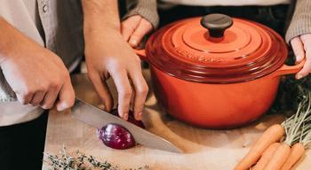 От чего больше всего портится кухонная столешница