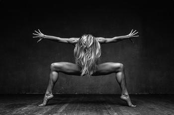 Магия танца на чувственных фотографиях Александра Яковлева