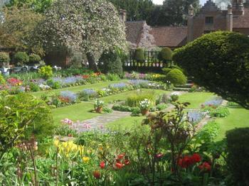 10 базовых элементов голландского сада
