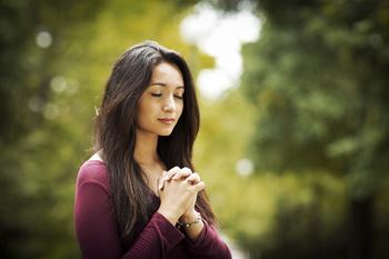 Как попросить прощение у Бога за грехи: молитва о прощении